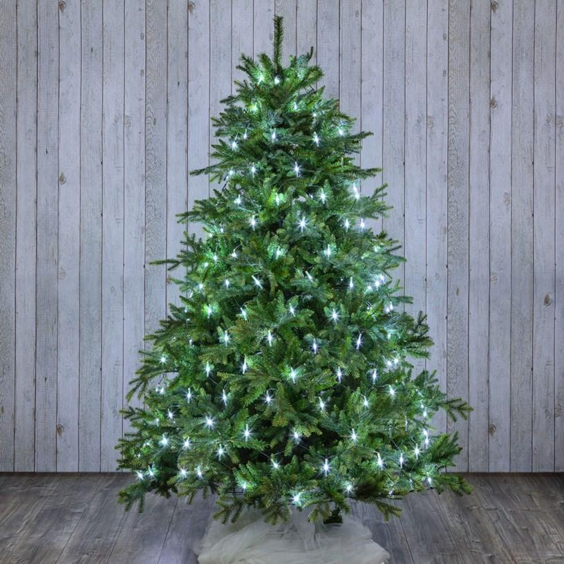 Albero di Natale con mantello di luci