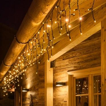 LED-Eisregen-Lichterkette 3 x h 0,5 m, 114 MaxiLeds warmweiß, grünes Kabel, erweiterbar