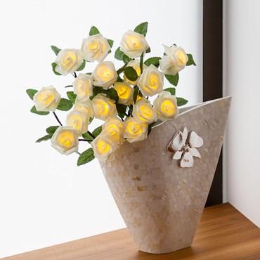 Ramo de rosas blancas luminosas h. 40cm