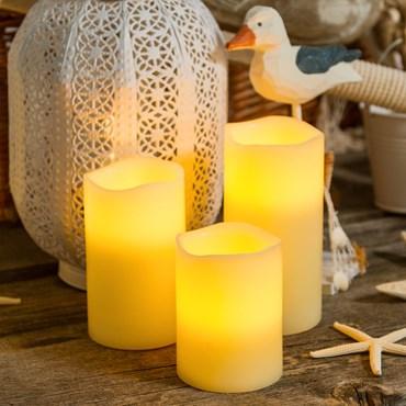 Set 3 candele avorio in vera cera Ø 7,5 cm, led bianco caldo
