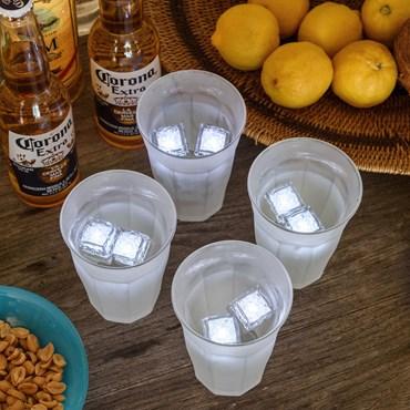 Set 8 Cubitos de hielo flotantes con luces Led a pilas