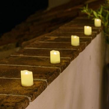 Set de 6 velas pequeñas Led efecto llama h. 4,5 cm