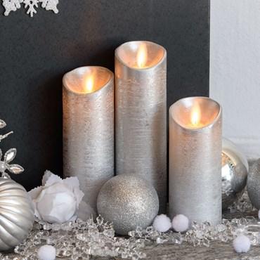 Lot de 3 bougies led, argentée avec flamme en mouvement et télécommande  Ø 5,2 cm, led blanc chaud, à piles