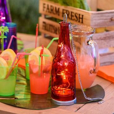 Rote Glasflasche h 25 cm, 10 Micro LEDs warmweiß, batteriebetrieben