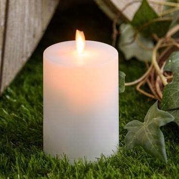 Bougie solaire d'extérieur couleur blanche satinée avec flamme en mouvement, h. 11 cm, led blanc chaud