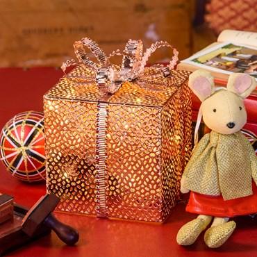 Paquete de regalo de Navidad luminoso (I) h. 16cm