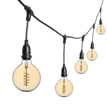 Guirlande Guinguette 5 m ampoules en suspension led vintage globe Ø 125 mm, filament en spirale, h. 30 cm, câble noir, 230V, prolongeable