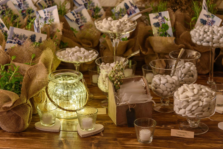 Come Addobbare Un Tavolo Per Confettata matrimonio nel bosco: come addobbare la location | luminal park