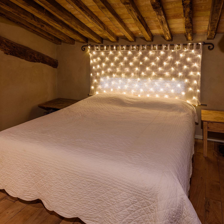 Luces para habitación y cabezal de la cama
