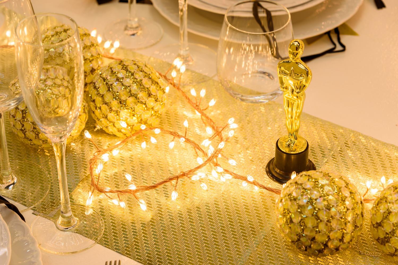 Decoración mesa Fin de año dorado