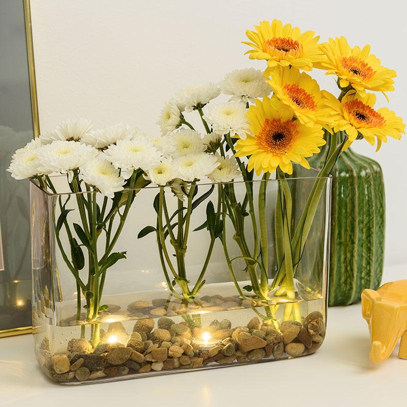 Composición floral en jarrón transparente DIY